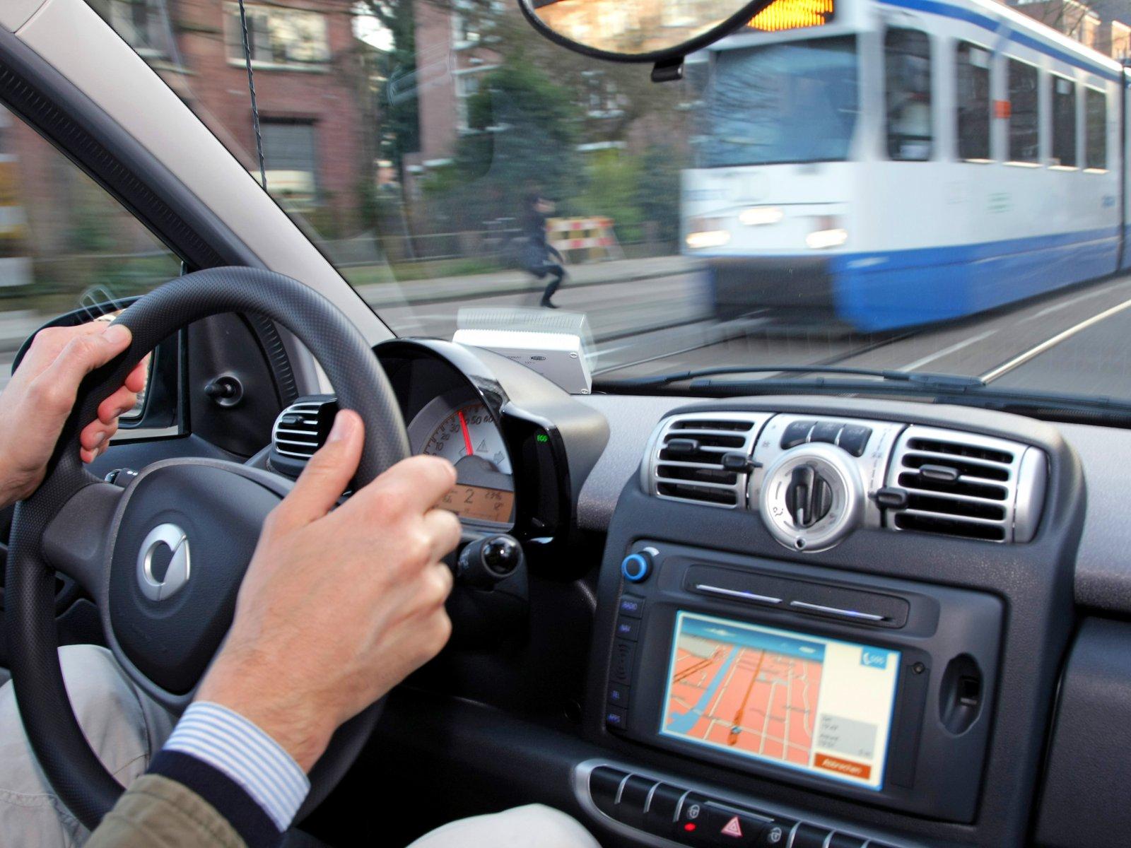 Аренда автомобилей в финляндии билет на самолет казань сочи прямой