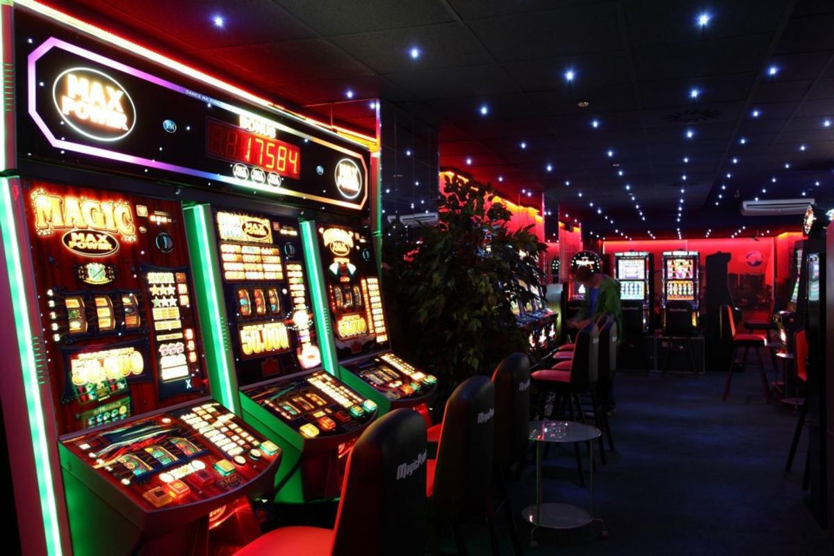kazino com